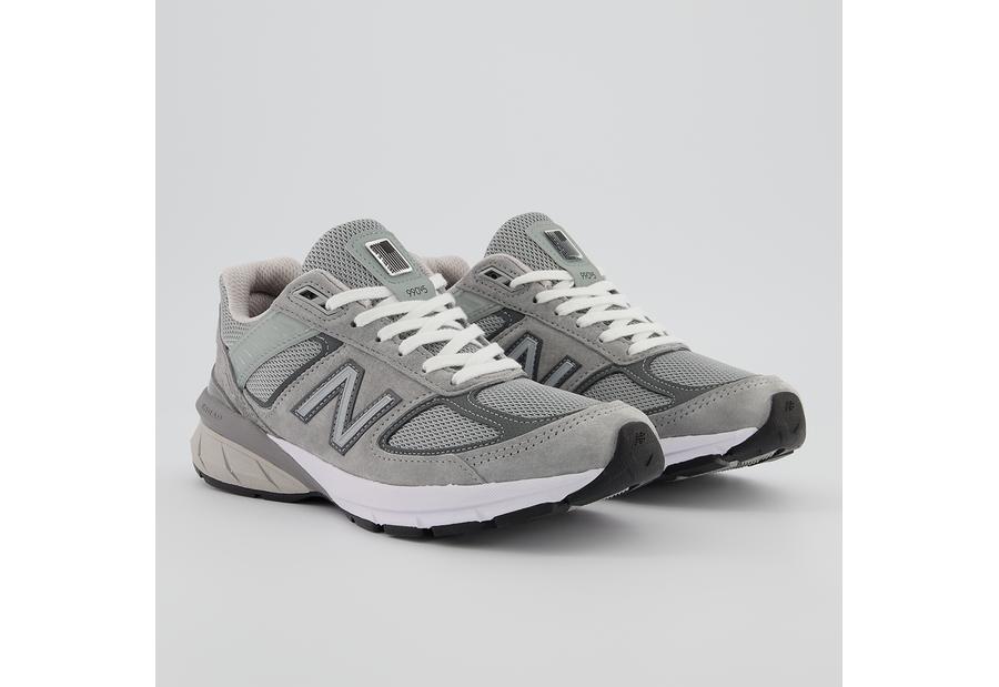 New Balance W990GL5