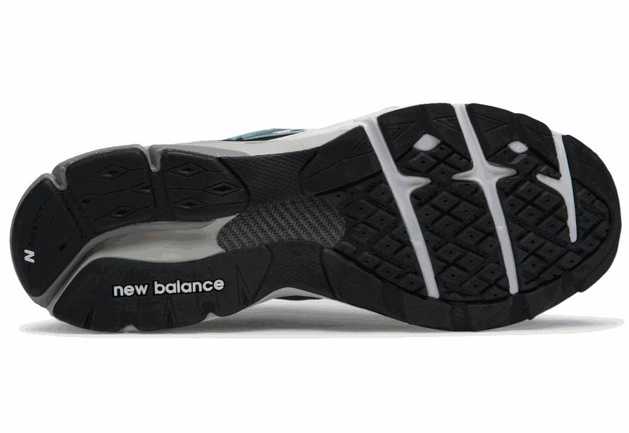 New Balance M15009FT